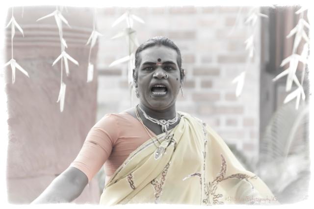 Singing hijra
